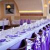 Как украсить стулья на свадьбу?